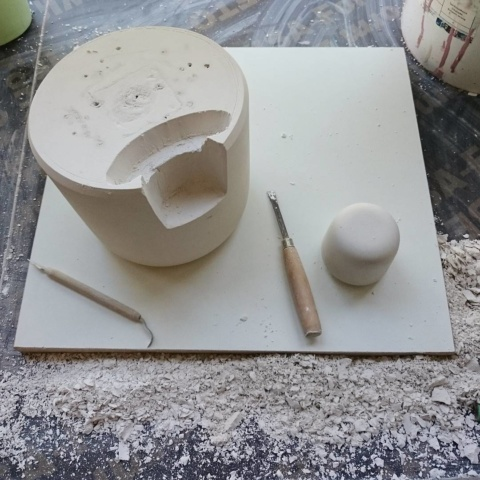 Chop chop, carving new #plaster mold for #exiting new #ceramic #project #studiolorier #moldmaking #moulding