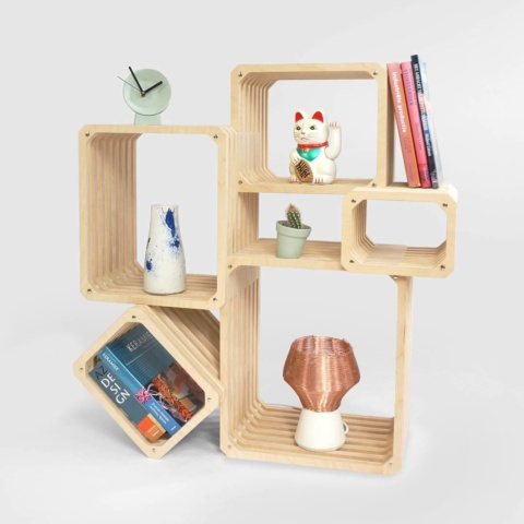 Parallel shelving, in one of the many possible configurations. ..#modular #shelf #customizable #roomdivider #storage #wallmount #designshelf #studiolorier #cnc #multiplex #multifunctional