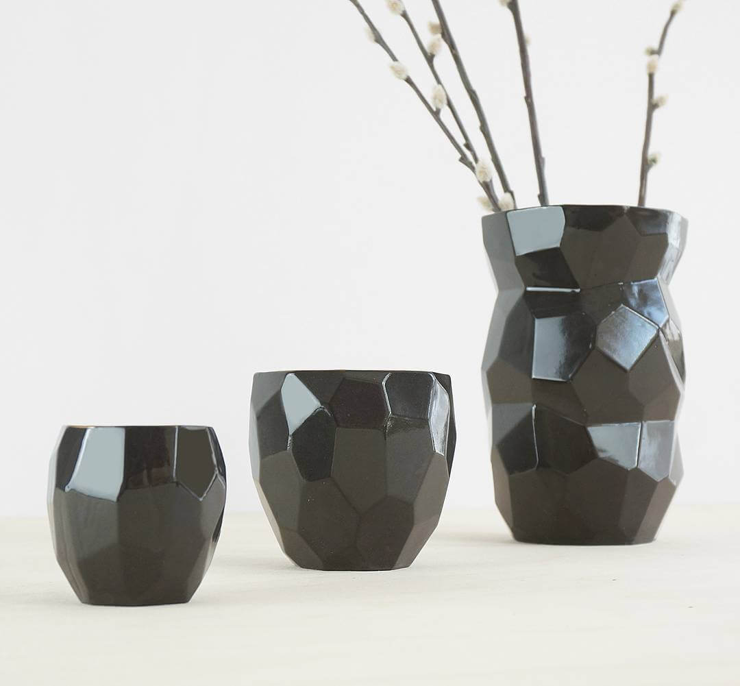 Now available in limited edition: Poligon Black ceramics. Get them now in the webshop