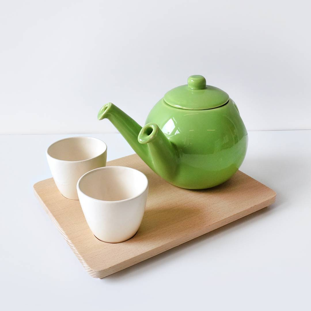 For the tea lovers, who like to share: the Teagether teapot