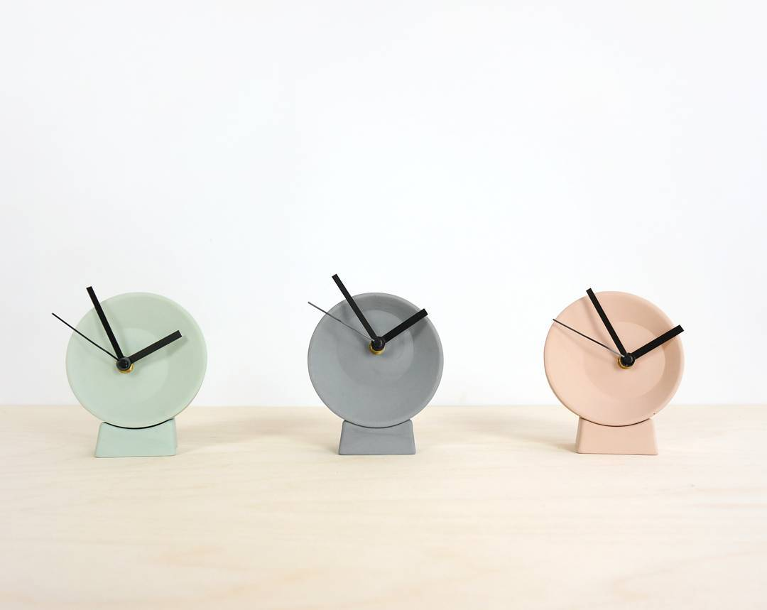 Our small desk clocks, available in 3 different colors