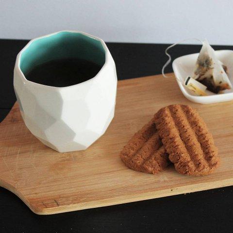 Tea in the poligon cup