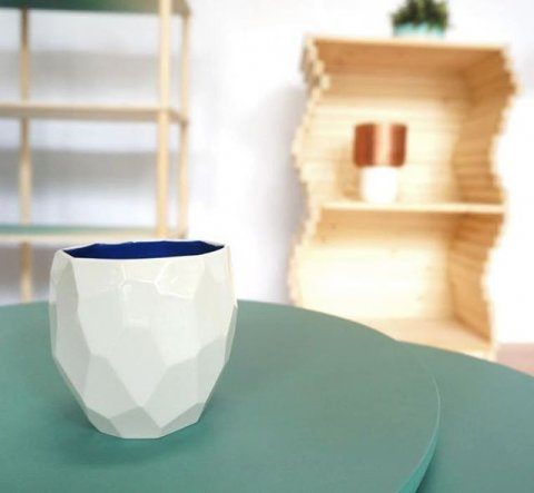 Poligon cup in detail